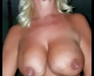 I fuck my friend's milf mother