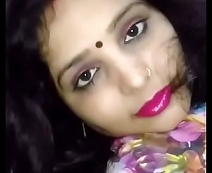 Punjabi Married Suman Sharma  With Hubbys Friend After Husbnd going to fall